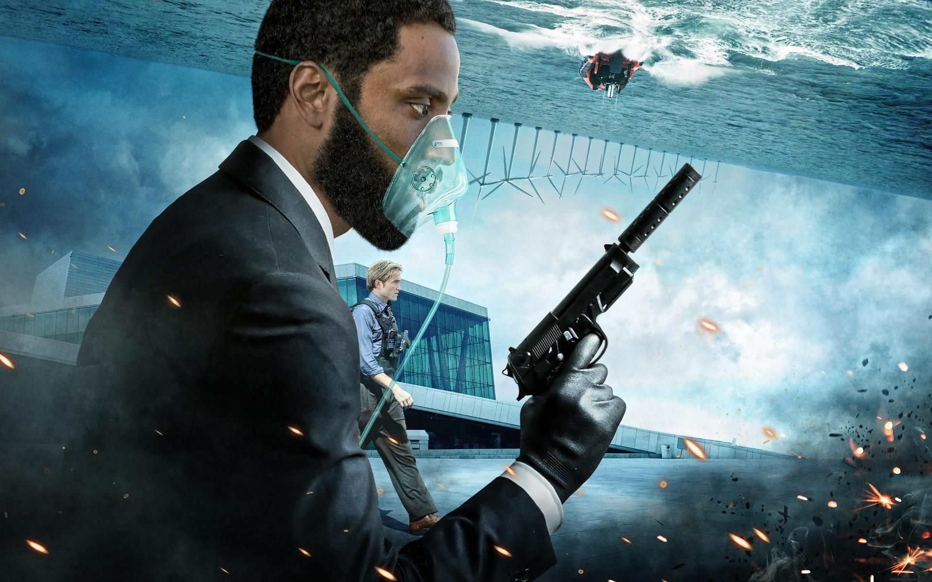 Christopher Nolan vill rädda filmindustrin.
